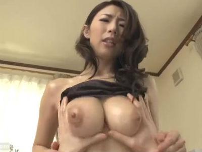 巨乳人妻が精子を欲しがりいやらしい言葉で誘惑してくる子作り生活 篠田あゆみ