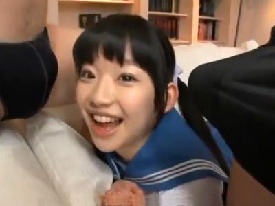可愛い顔したロリ系少女はチンポ大好きで中出し要求してくる淫乱です 姫川ゆうな