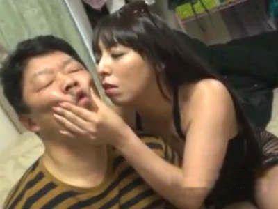 ムチムチ熟女が自宅訪問して童貞M男をド淫乱な筆おろし 村上涼子