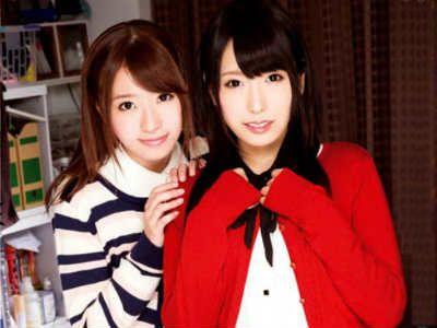 人気AV女優がM男ファンへ自宅訪問して2人がかりで弄ぶ 有村千佳 初美沙希