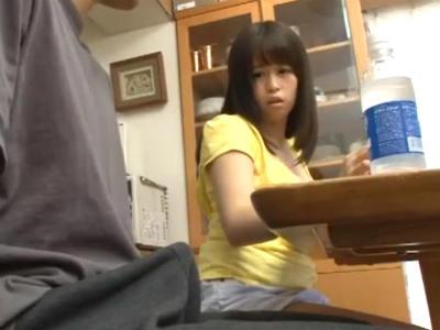 再婚で出来たビッチな妹がボクのデカチンに食いついて巨乳で誘惑してくる