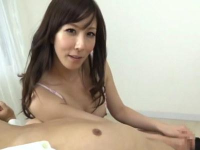 熟女の色気とテクニックでメロメロになってしまう若いM男 澤村レイコ
