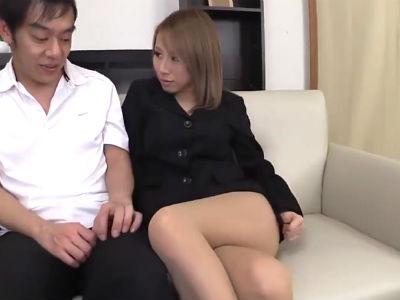 ノーパンパンストの無料痴女動画30分北川エリカ