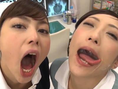 「久しぶりに見ましたこんな元気な精子」痴女ナースが患者をフェラ抜きしてザーメンをレズキスで交換 神納花 卯水咲流