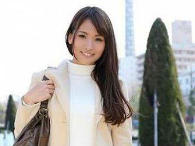 不倫サイトで知り合った美人な人妻がとてもエロかった 竹内美羽 大場ゆい