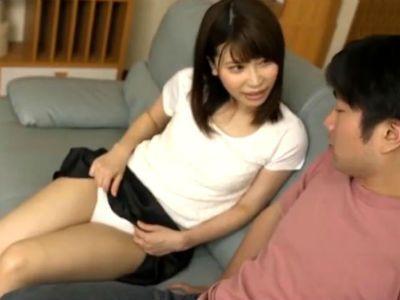 すぐそこに旦那がいるのに義弟を痴女ってくる兄の奥さん 羽田璃子