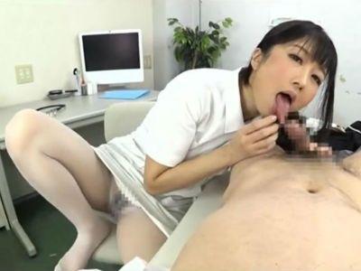 M男を手コキフェラで食べ尽くす牝豹と化した淫乱肉食痴女 大槻ひびき