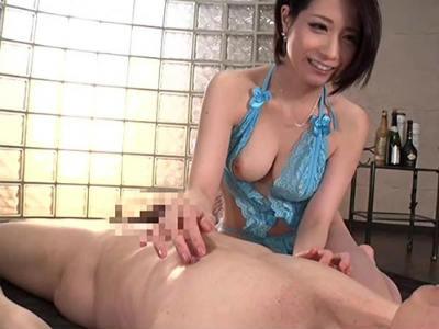 関西弁で淫語責め「乳首触られたからこんなんなったん?」頭の中のエロいこと全部やっちゃう淫乱痴女