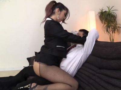 どエロ淫語で巨尻の美形ギャル痴女がM男を責める尻フェチ動画 上原花恋