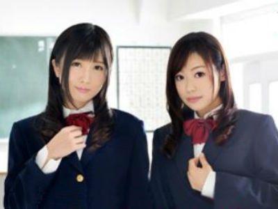 「先生、我慢できますか?」2人の美少女優等生に責められるM男教師 大槻ひびき 鈴森汐那