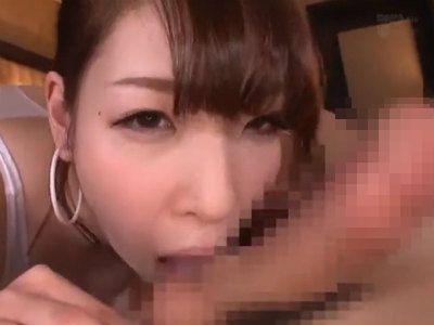 「舐めて欲しいん?こうやって…」関西弁痴女が何回も精子を搾り取る 香山美桜