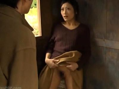 田舎の農具小屋で待ち合わせして即ハメする発情した男女 ヘンリー塚本 翔田千里 神納花 川越ゆい