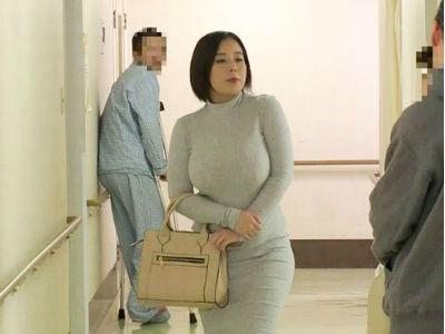 「動かないでいいわ♪最後までわたしに任せて♡」病院中の誰もが振り返るセクシーボディで入院中の甥を