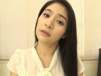 実はビッチな白衣の天使のエロフェラ動画 めぐり