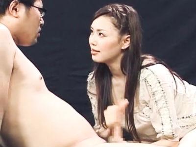 元祖男の潮吹き!松野ゆいがカメラ目線を外さず淫語連発でシゴキまくり男潮噴射!松野ゆい