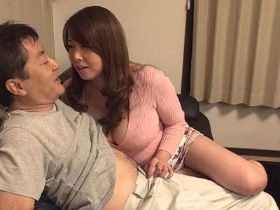 家に来た業者を誘惑して逆レイプするムチムチ爆乳人妻 風間ゆみ 古川祥子