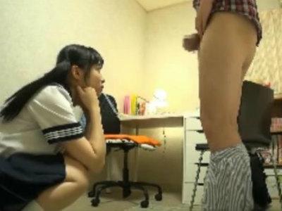 「先生のおちんちん見せてよ」家庭教師をしてて受け持った生徒が美少女でドSだった 栄川乃亜