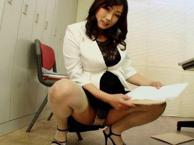 ムチムチボディおばさんがどすけべ喉奥フェラで性欲爆発!巨尻突き出しバック突きされ尻肉激揺れ