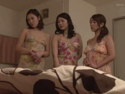3人の義姉たちの性的オモチャにされハーレム4Pで精液搾り取られたボク 音無かおり 結城みさ 城田るり