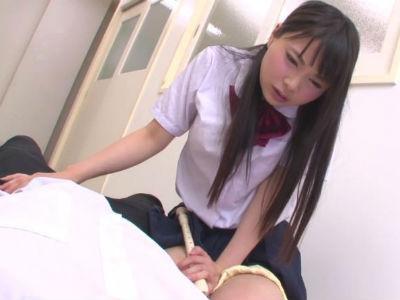 「クラスの美少女のリコーダーに媚薬を塗ったらチンポを欲しがったり変態オナニーしたりした なつめ愛莉 宮崎あや