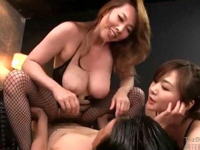 ムチムチボディタイツの熟女2人に犯されるハーレム3Pセックス 風間ゆみ 加納綾子