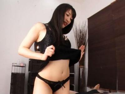 セクシー黒髪ロングのお姉さんがオナホを使いM男をイジメるエロ動画 川菜美鈴 春原未来