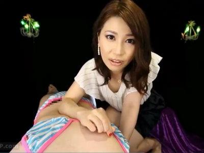 「気持ち悪いのね…あなたって…」変態女装M男の乳首をじっくり責める上品なエロお姉さん 羽田璃子
