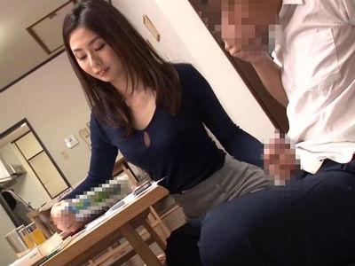 生徒のちんぽを手コキフェラで弄んで濡れたオマンコをクンニさせる家庭教師 前田可奈子