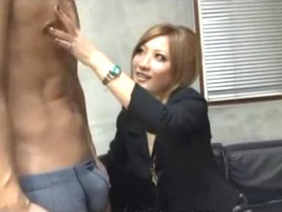 「面接中に勃ってるんですけど?」名古屋のギャル社長は面接の時に逆セクハラで自分の性欲を満たす AIKA
