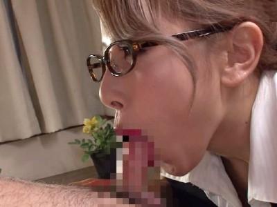 2回連続で精液を搾り出すメガネと赤いリップが印象的なフェロモンお姉さん 北川エリカ