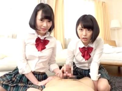 美少女jk姉妹が変態M男教師を逆3Pで嬉しそうにイジメる痴女動画 五十嵐星蘭 七海ゆあ