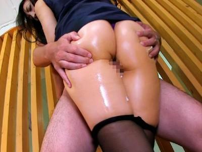 ムッチムチで舐め回したくなるようなくそエロい女の子の脚でシコタマ抜ける動画 2